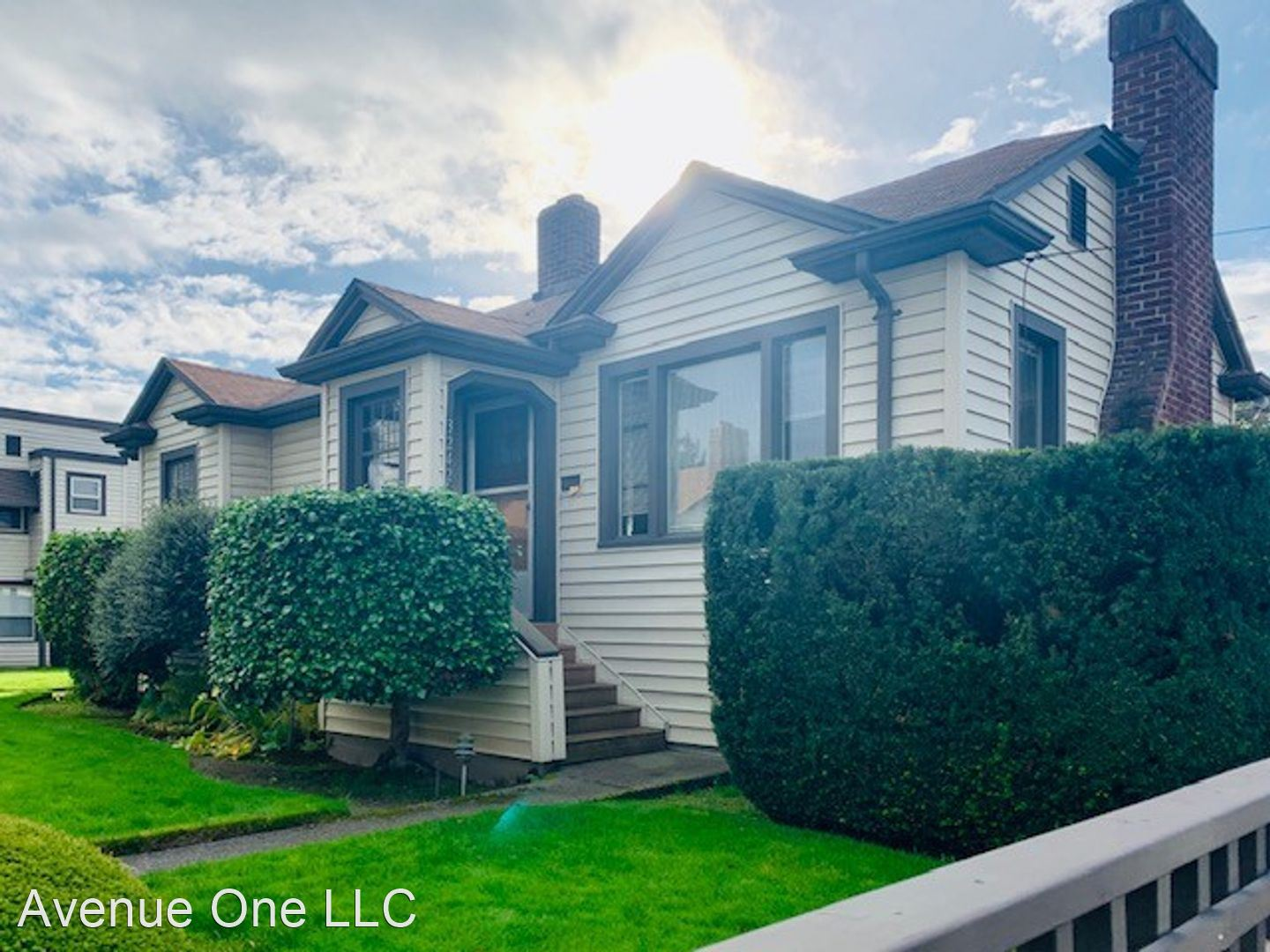 3240 63rd Ave SW  - 3242 House
